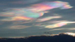 de wondere wereld van de wolken bij goud voor oud