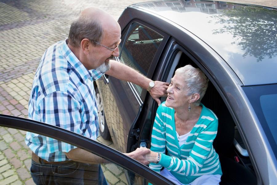 Luxe vervoer voor ouderen via Stichting Hulpdienst Capelle